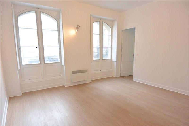 Location appartement Bordeaux 840€ CC - Photo 1