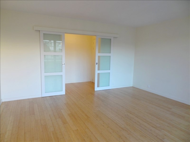 Rental apartment Clichy 1 350€ CC - Picture 1