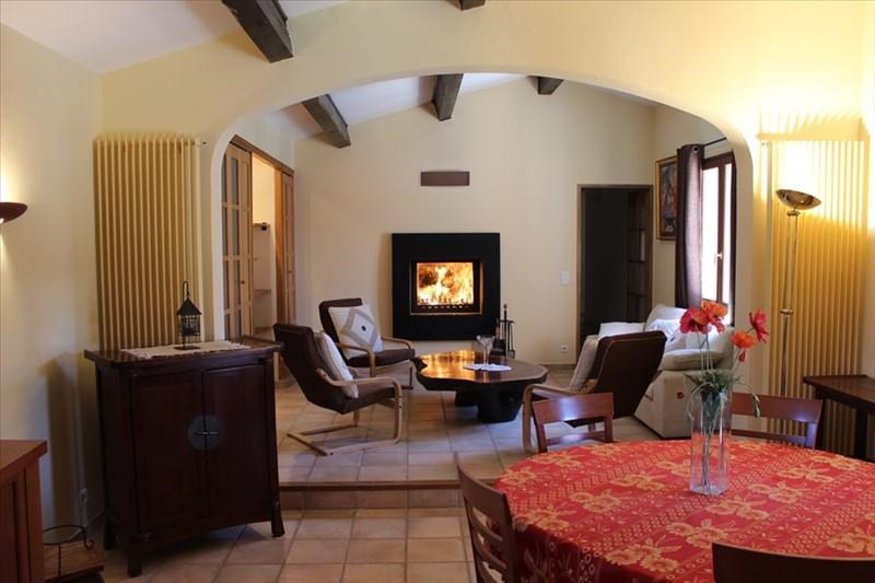 Vente de prestige maison / villa Lauris 560 000€ - Photo 2