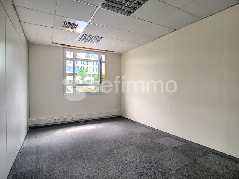 Rental office Marseille 16ème 1298,67€ HT/HC - Picture 6