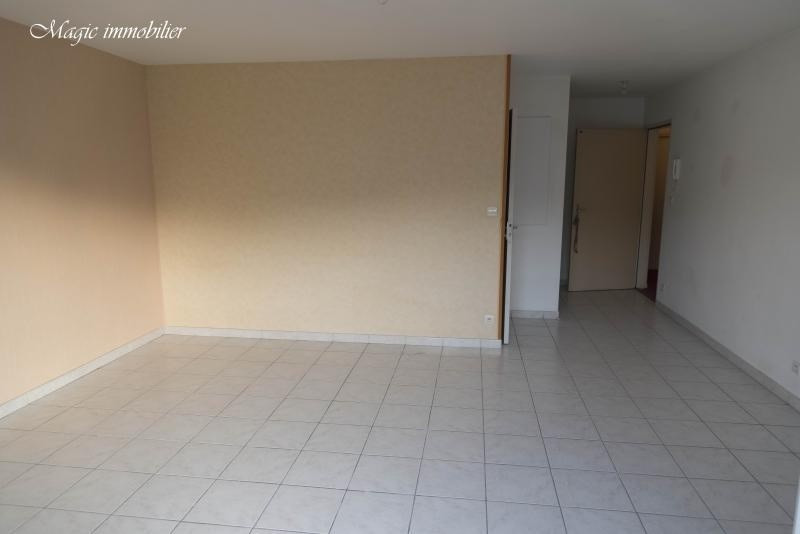 Location appartement Oyonnax 398€ CC - Photo 3