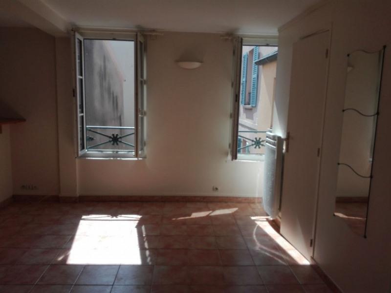 Location appartement Saint germain en laye 695€ CC - Photo 1