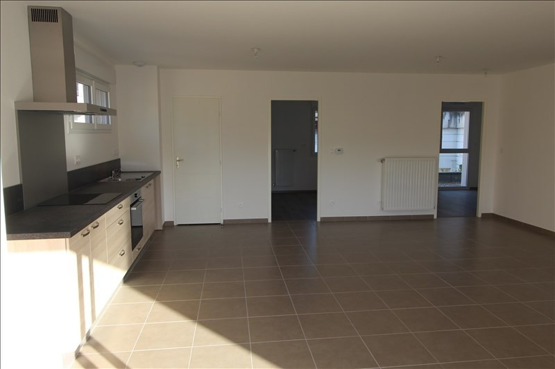 Rental apartment Voiron 760€ CC - Picture 2