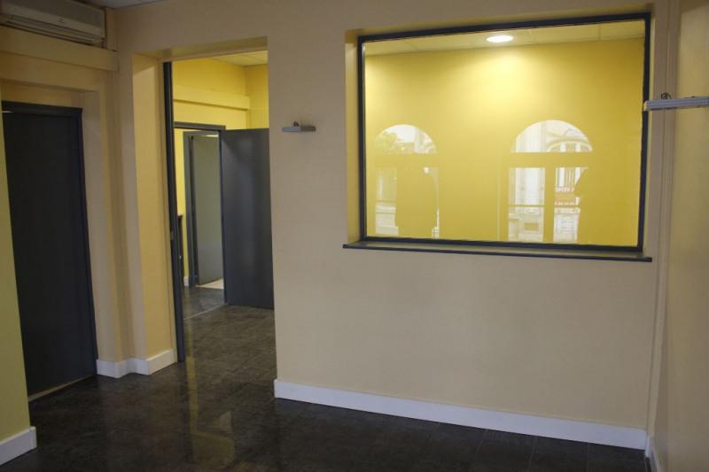 Verkoop  flatgebouwen Montreuil 275000€ - Foto 7