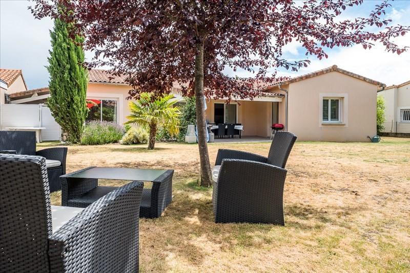 Vente maison / villa Liguge 327000€ - Photo 2