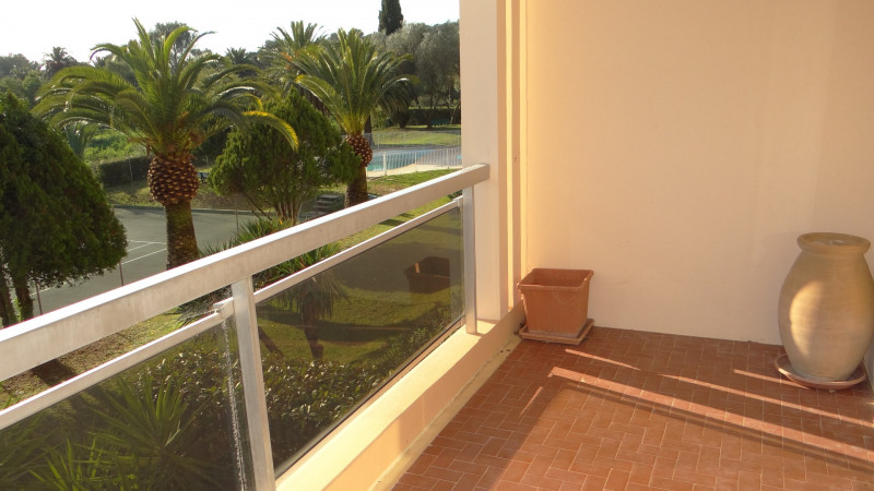 Location vacances appartement Cavalaire 500€ - Photo 16