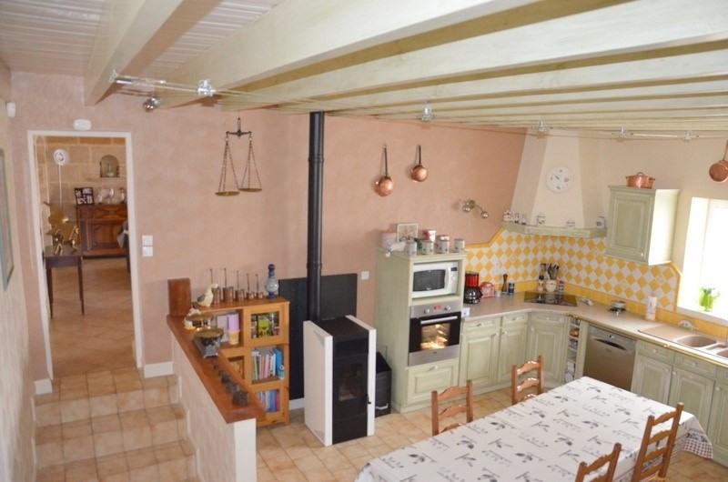 Sale house / villa Blaye 378000€ - Picture 3