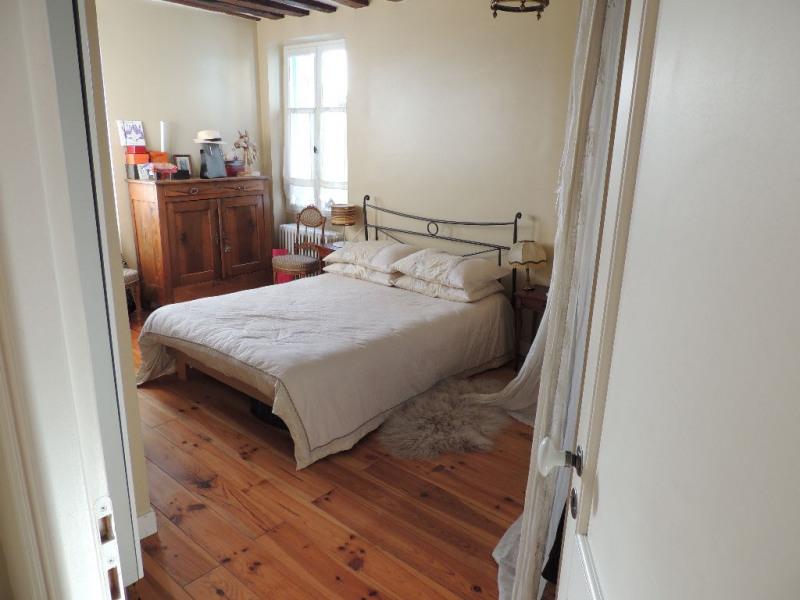 Sale house / villa Le pecq 685000€ - Picture 4