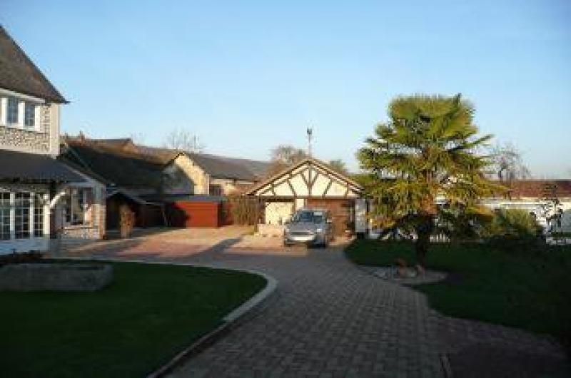 Vente maison / villa Hondouville 395000€ - Photo 4