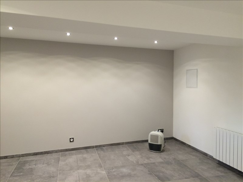 Rental empty room/storage Montevrain 2 500€ HT/HC - Picture 5
