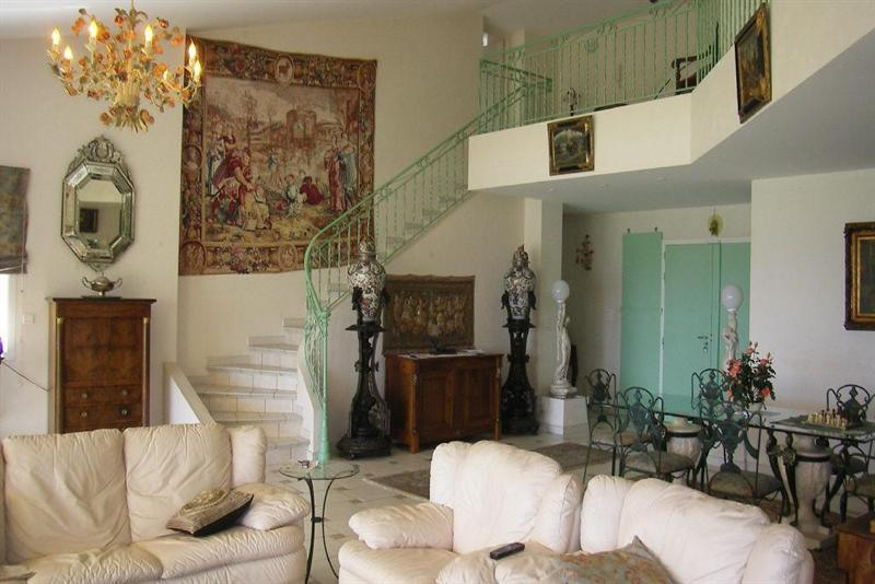 Deluxe sale house / villa Antibes 2 490 000€ - Picture 3