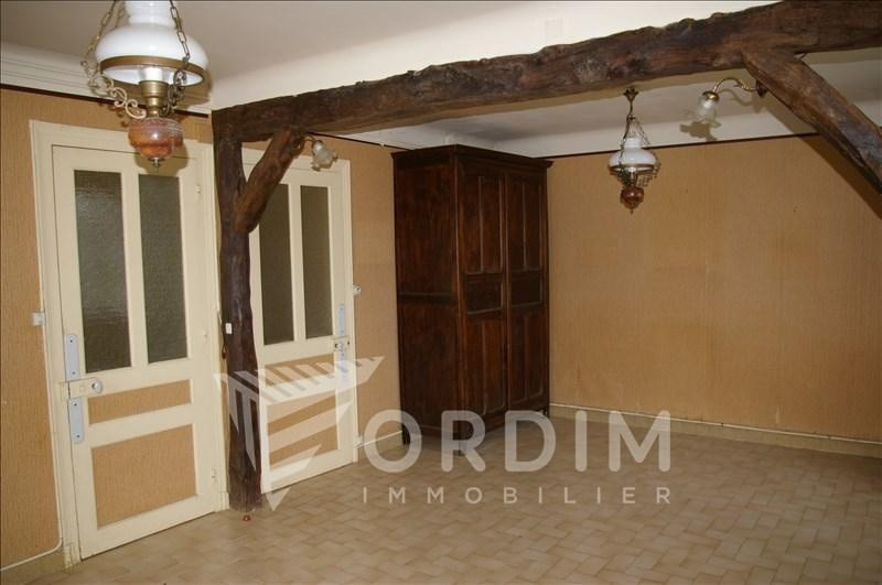 Sale house / villa Taingy 69000€ - Picture 5