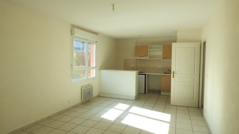 Rental apartment Annemasse 695€ CC - Picture 1