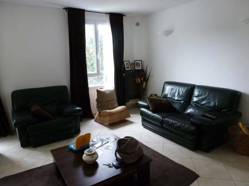 Rental apartment Trappes 980€ CC - Picture 1