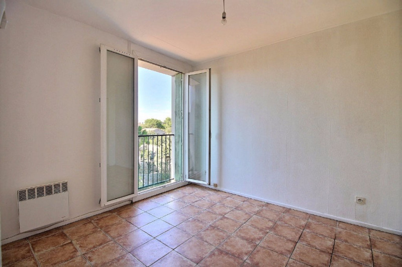 Location appartement Garons 415€ CC - Photo 3