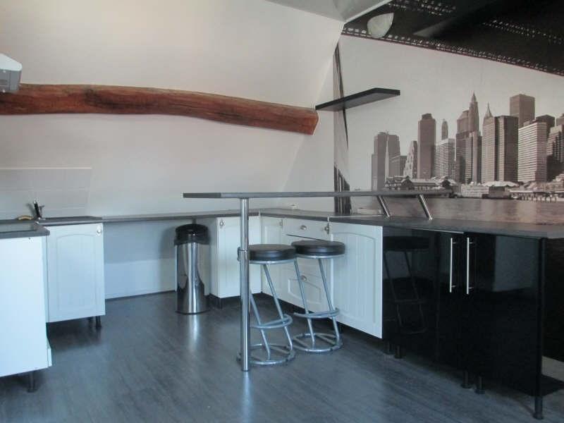 Sale apartment Cires les mello 71000€ - Picture 5
