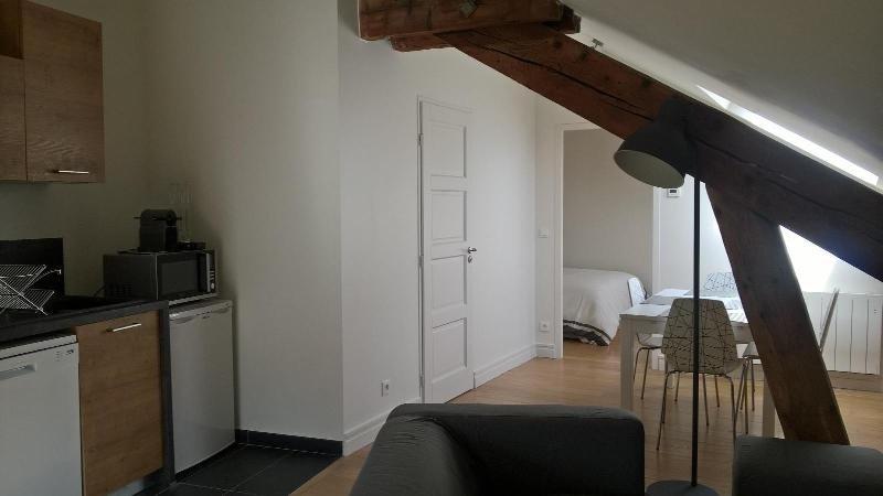 Location appartement Lyon 2ème 1015€cc - Photo 4