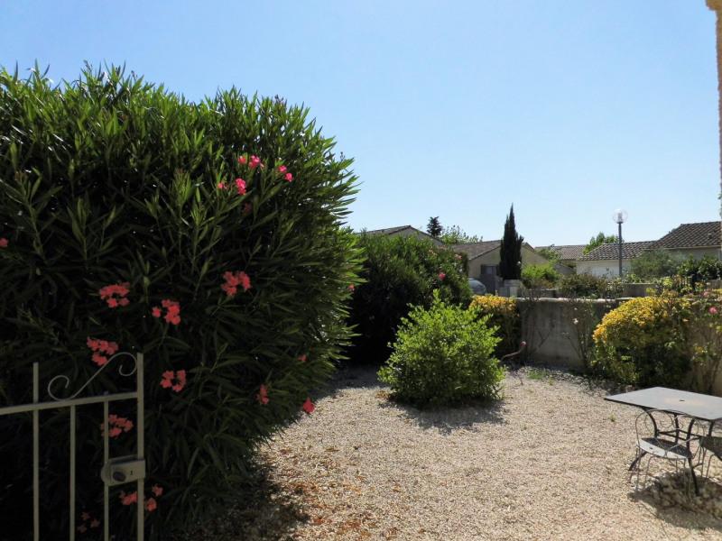 Sale house / villa Entraigues sur la sorgue 215000€ - Picture 4