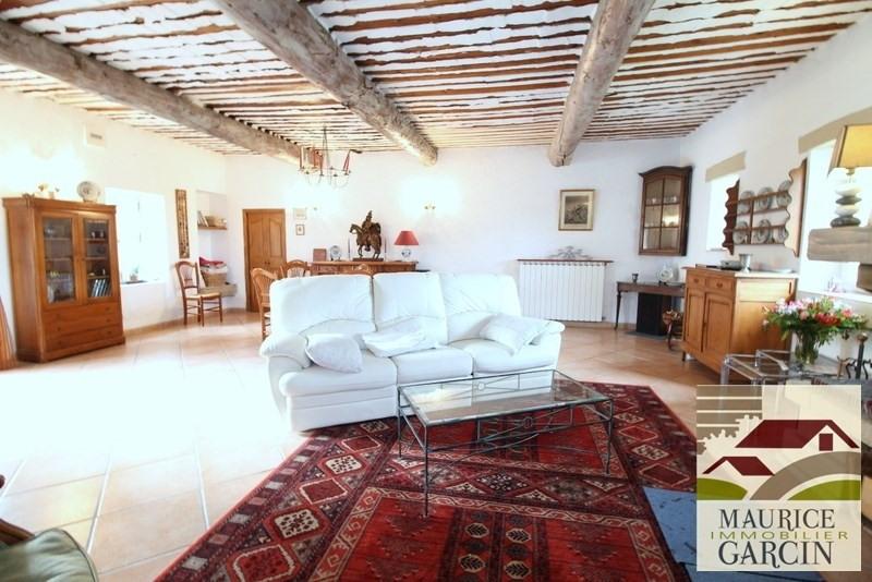 Vente de prestige maison / villa Robion 560000€ - Photo 4