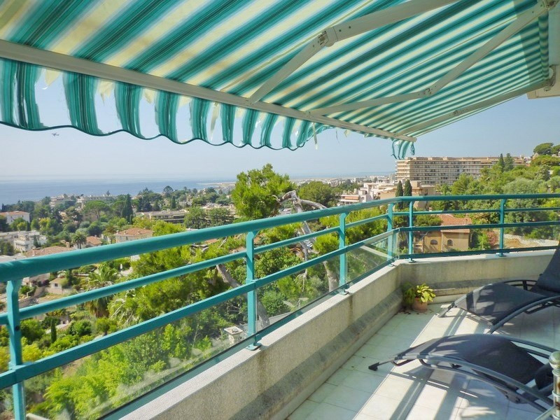 Sale apartment Nice 590000€ - Picture 2