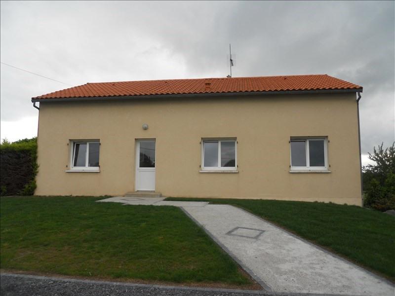 Location maison / villa Roussay 860€ CC - Photo 3