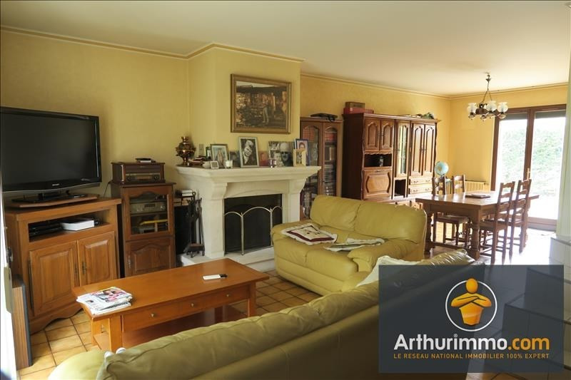 Rental house / villa Vert st denis 1400€ CC - Picture 2