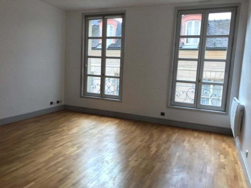 Location appartement St germain en laye 1 990€ CC - Photo 4