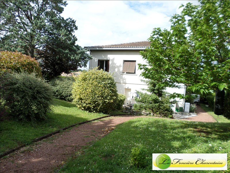 Sale house / villa La couronne 160 500€ - Picture 1