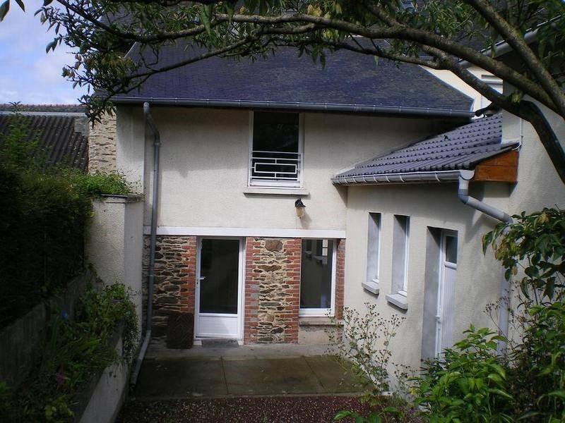 Location maison / villa Saint lo 560€ CC - Photo 1