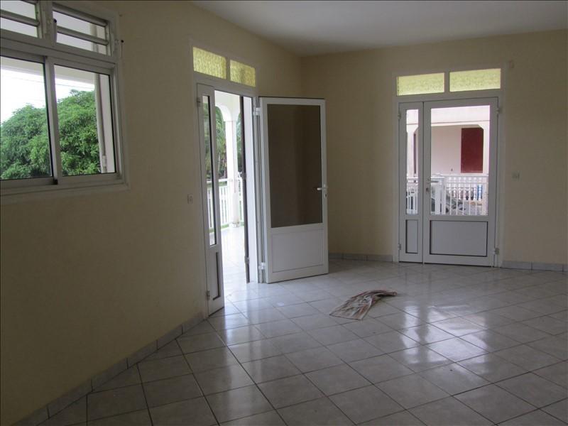 Location appartement Ste rose 847€ CC - Photo 4