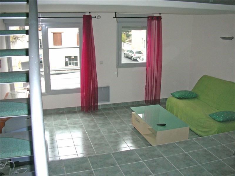Location appartement Le puy en velay 396,75€ CC - Photo 1