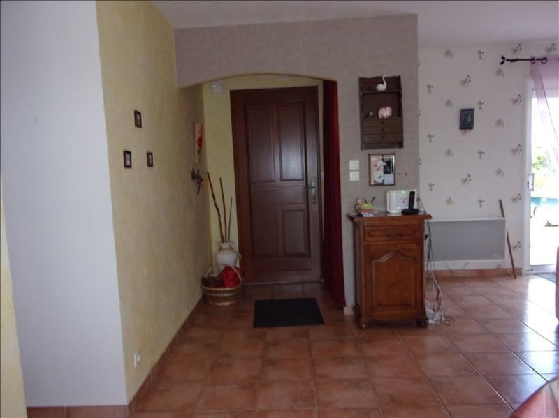 Sale house / villa Champdeniers st denis 156000€ - Picture 4