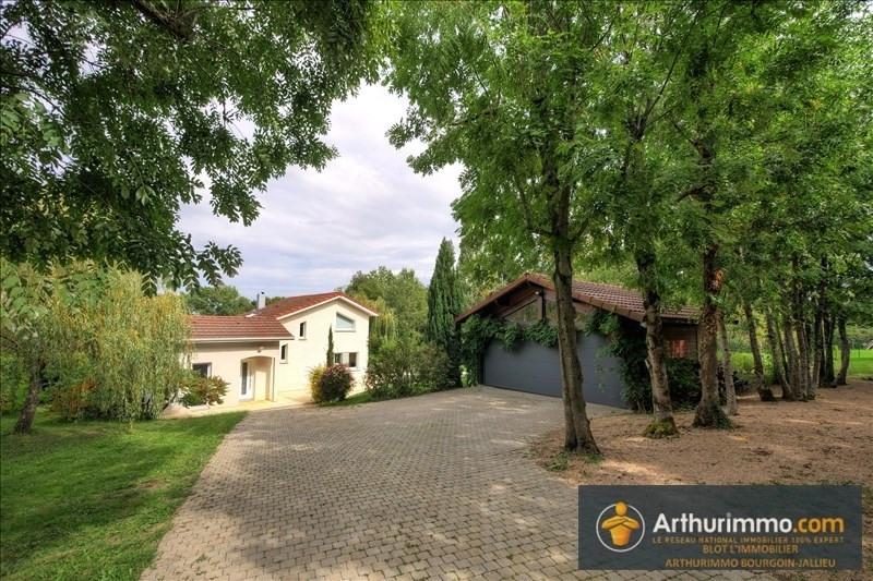 Deluxe sale house / villa Bourgoin jallieu 660000€ - Picture 2