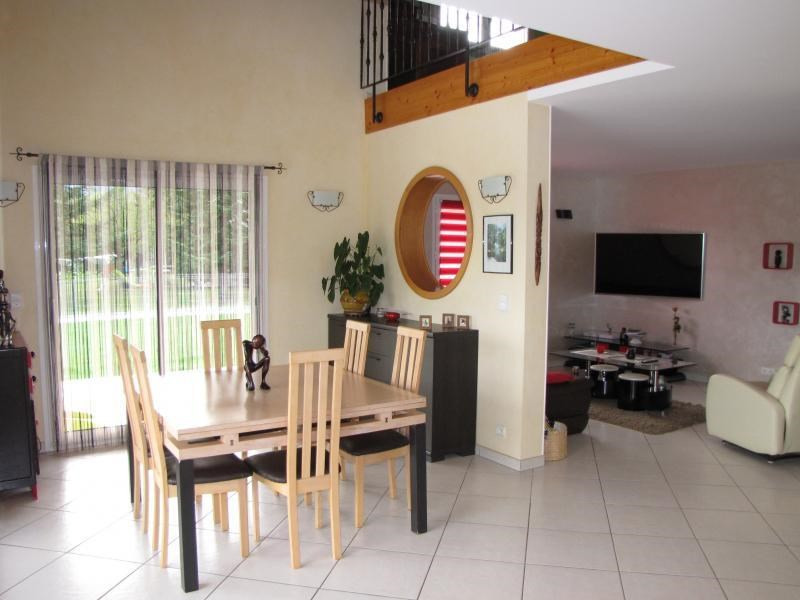Deluxe sale house / villa Vallieres 682 500€ - Picture 5
