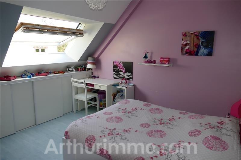 Sale house / villa Ploemel 299500€ - Picture 5