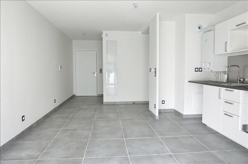 Rental apartment Montpellier 817€ CC - Picture 2