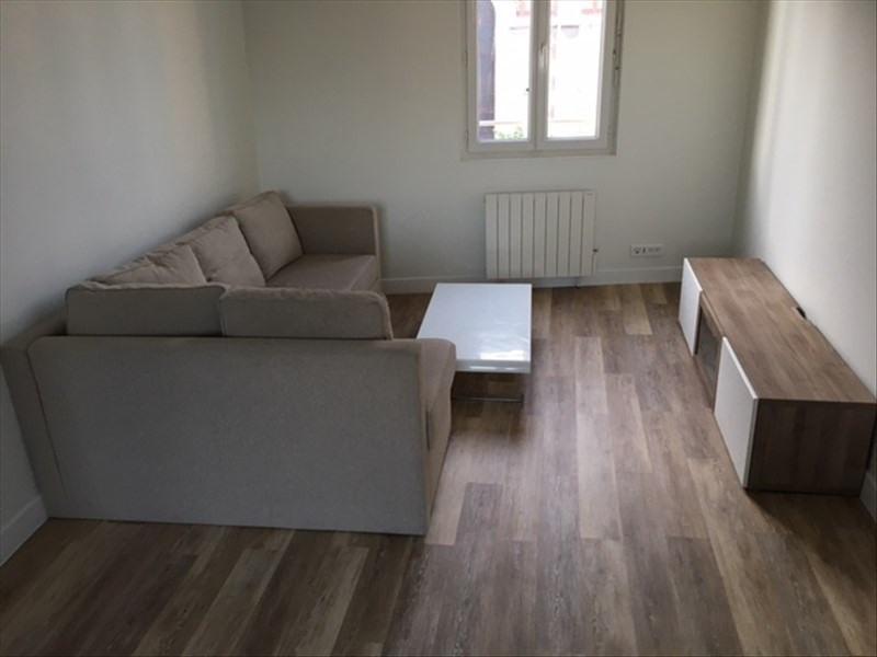 Location appartement Bagnolet 865€ CC - Photo 1