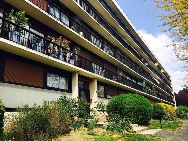 Sale apartment Pontoise 150000€ - Picture 1