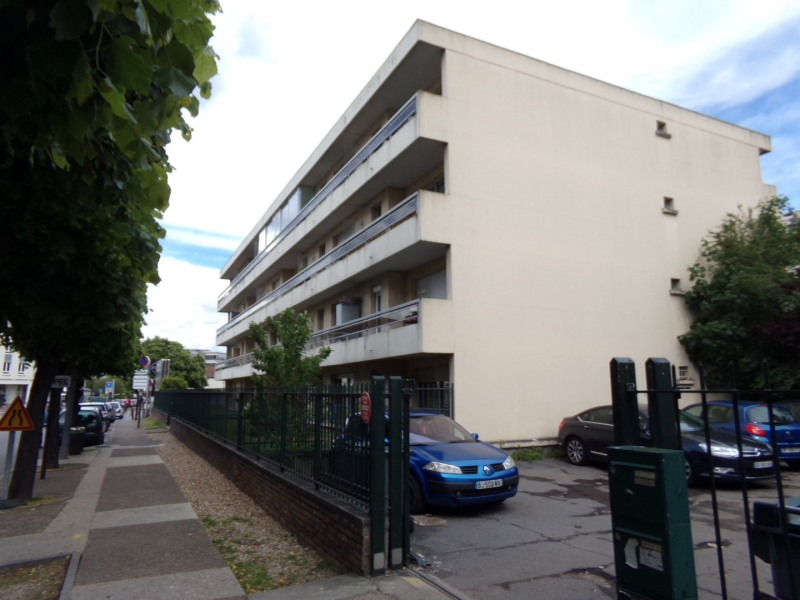 Sale apartment Poissy 160000€ - Picture 1