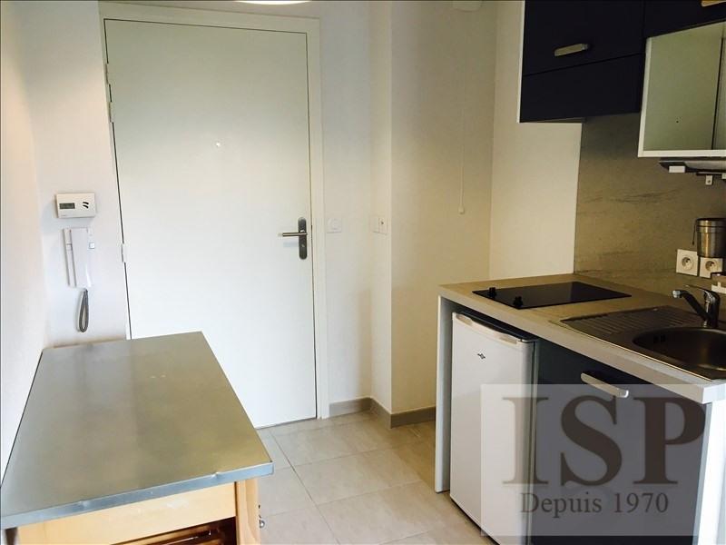 Location appartement Aix en provence 590€ CC - Photo 3