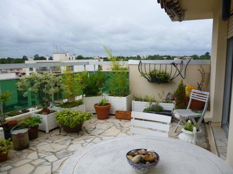 Rental apartment Bordeaux 926€ CC - Picture 2