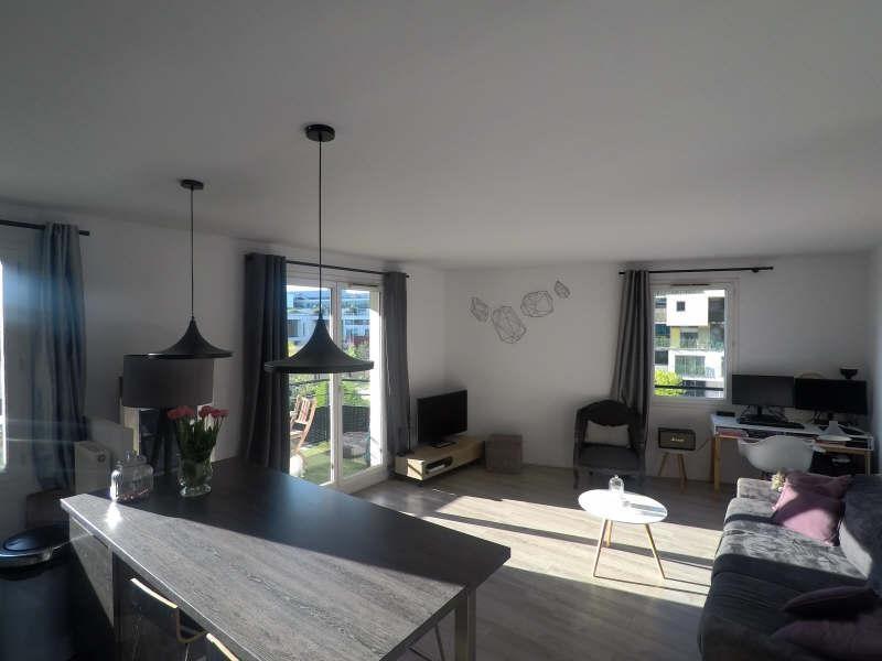 Sale apartment Courbevoie 384000€ - Picture 2