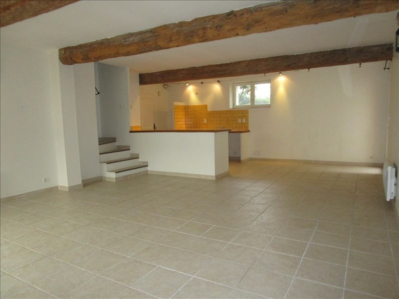 Location maison / villa Cavanac 850€ CC - Photo 2
