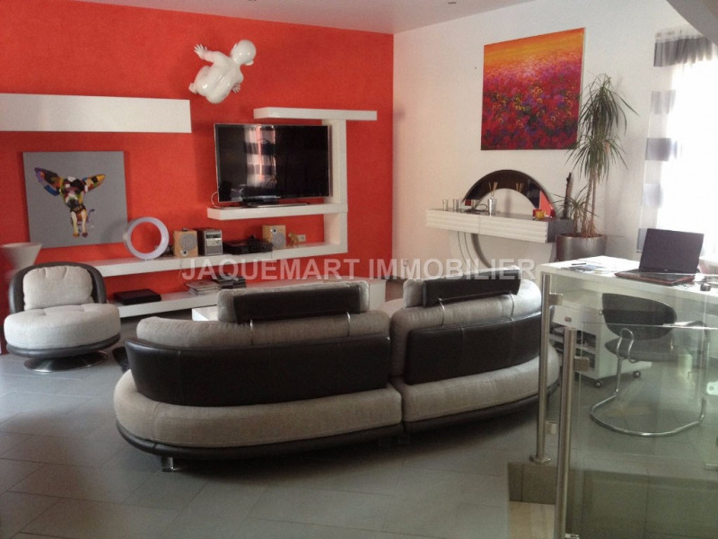 Vacation rental house / villa Lambesc 2 200€ - Picture 8