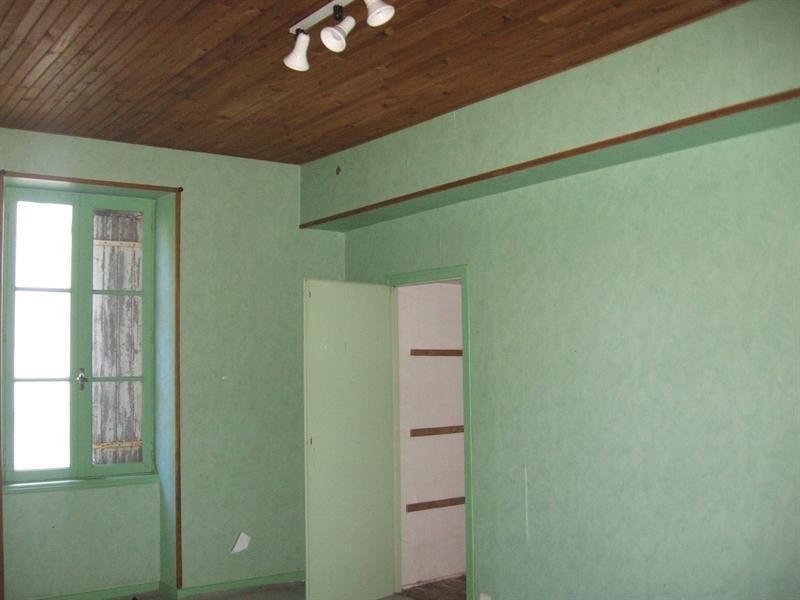 Sale building Montguyon 144000€ - Picture 8