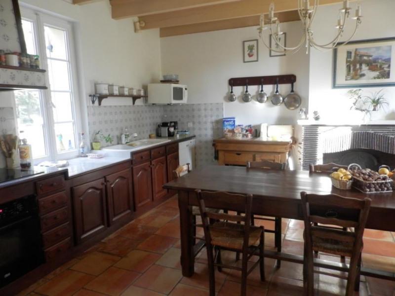 Sale house / villa Mouleydier 493500€ - Picture 3