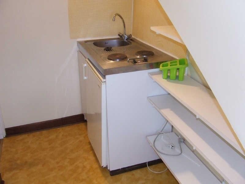 Rental apartment Avesnes sur helpe 350€ CC - Picture 2