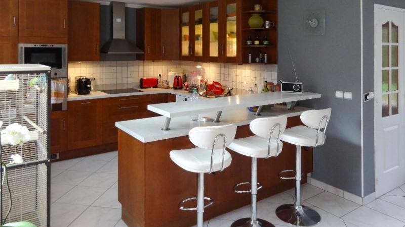 Sale house / villa Pommeuse 260000€ - Picture 3
