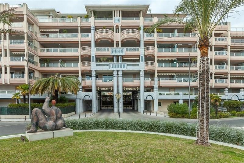 Revenda residencial de prestígio apartamento Le golfe juan 495000€ - Fotografia 11