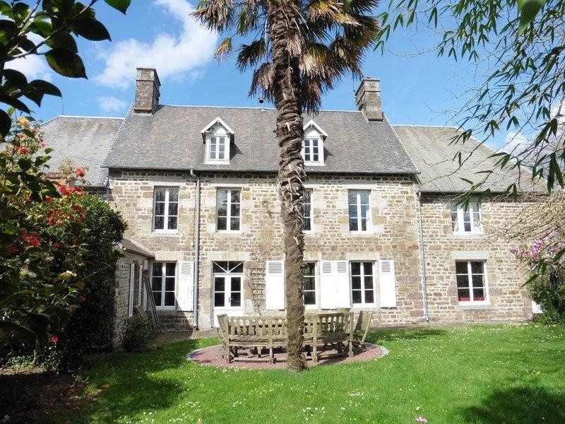 Vente maison / villa Gavray 288550€ - Photo 1